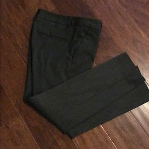 Express Columnist Ankle Pants Size 4. Gray